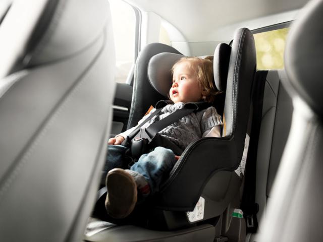 Как выбрать детское автокресло, автолюльку, бустер в автомобиль, порядок действий при при покупке